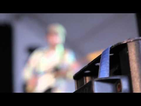 Vive Latino 2011 - Presentación - Djamra - Rola 1 online metal music video by DJAMRA