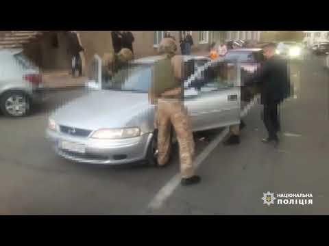 Банду фальшивомонетчиков арестовали в Запорожье