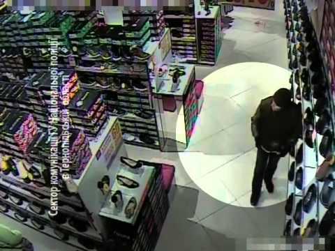 Увага! Розшук. Камери зафіксували крадія взуття у магазині (ВІДЕО)