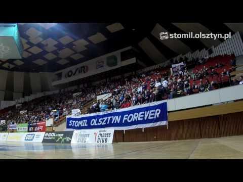 Doping kibiców Stomilu podczas meczu koszykówki z SMS-em PZKosz Władysławo
