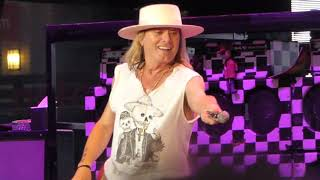 """""""Flame"""" """"I Want You to Want Me"""" """"Dream Police"""" """"Surrender"""" - Cheap Trick at Petco Park 9/23/2018"""