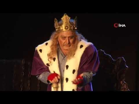 /videolar/haberler/kral-hem-dusundurdu-hem-guldurdu-3786