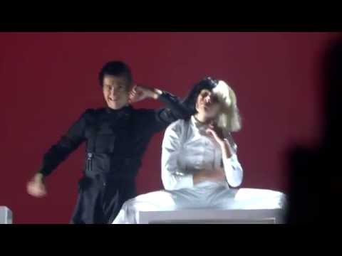 Download Sia Reaper Las Vegas 2016 Maddie Ziegler Video 3GP