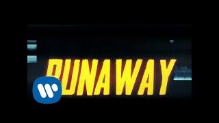 Musik-Video-Miniaturansicht zu runaway Songtext von Hayley Kiyoko