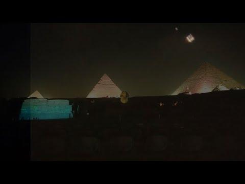 Meerdere UFO's gezien boven de piramides in Gizeh, Egypte, 3 december 2020
