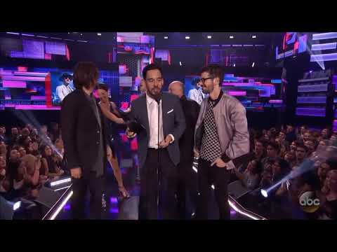 LINKIN PARK: Best Alternative Rock Band Winner  AMAS 2017 Mp3