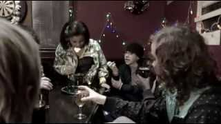Christmas with Skins (VOSTFR)