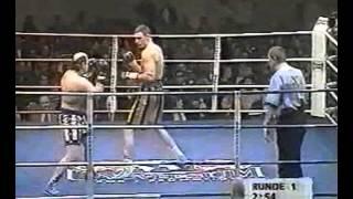 Виталий Кличко vs Майк Экли  25.01.1997г. Маритим, Штутгарт, Германия