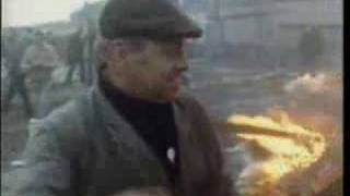 Fred Dibnah How To Bring Down A Chimney Stack.