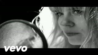 Ilse DeLange - Hurricane