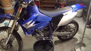 2006 Yamaha WR250F - Oil Change & Clutch Inspection
