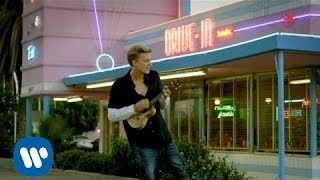 Video La Da Dee de Cody Simpson