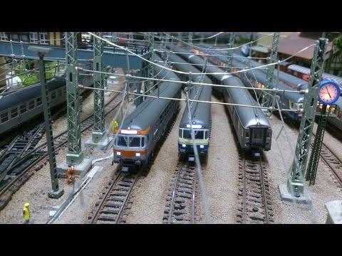 Silberlinge / Wagen für Generationen  -  Modelleisenbahn Spur N