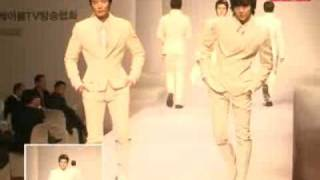 100303 TV031 Super Junior Siwon F(x) Sulli @ Fashion Show