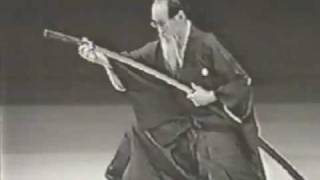 Sugino Sensei 10th Dan Master of Katori Shinto Ryu.flv
