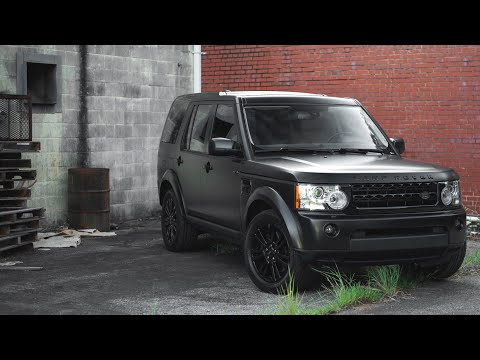 LAND ROVER LR4 Wrapped in Satin Black