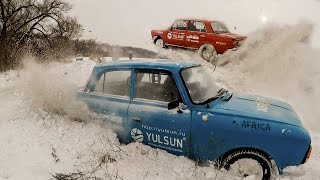 Москвич 412 и ВАЗ 2101 по снегу! Кто лучше?