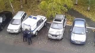 Пьяная дебоширка разносила ПА ППС в Сургуте
