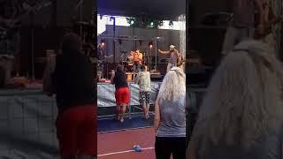 Video Bobrbend - Kapr ( živě Sokolnice)