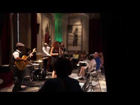 Actuación Swing en el MEAM Barcelona