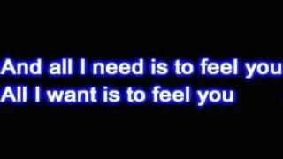 Hilary Duff- Reach Out + Lyrics