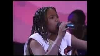 "Da Brat & Jarmaine Dupri - ""Give It 2 U Live"" Source Awards 1995 HQ"