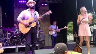 Drew Holcomb and the Neighbors - A Place To Lay My Head