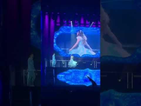Soy Luna Live Lyon- Soy Luna Canta Que Mas Da