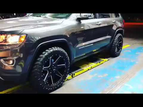 "Jeep Grand Cherokee on 20"" Ultra Wheels off-road Package"