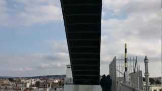preview picture of video 'Levée du pont mobile de Bizerte'