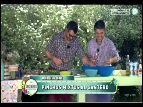 Paella criolla, pinchos mixtos, torta gigante y fajitas al cantero