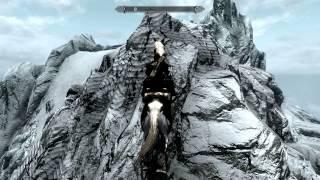 Skyrim Залезаем в глотку мира на лошади