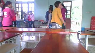 English club for students in Tinh Gia-part 1