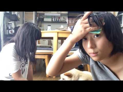 女子中学生によるセクシーな体温の計り方