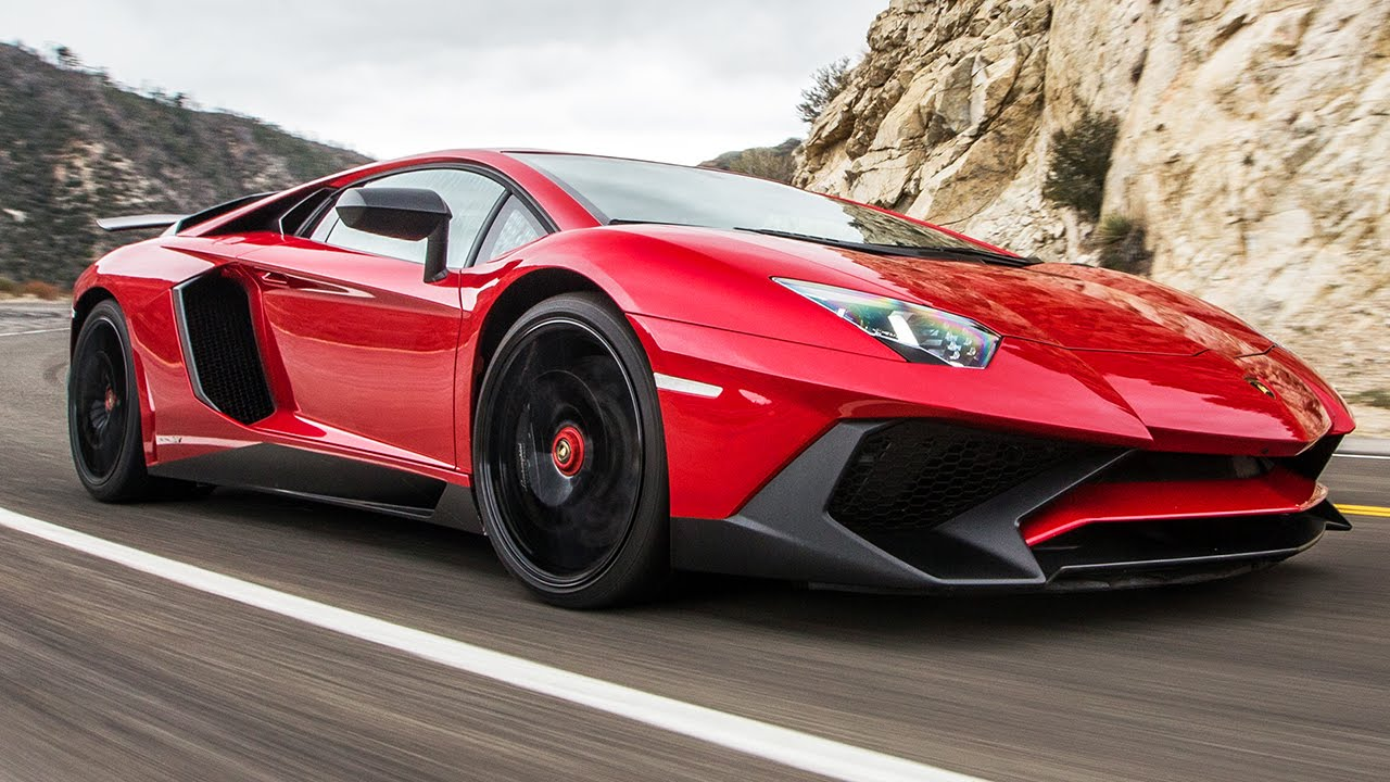 2016 Lamborghini Aventador SV LP750-4: Is it Legal to Have This Much Fun?