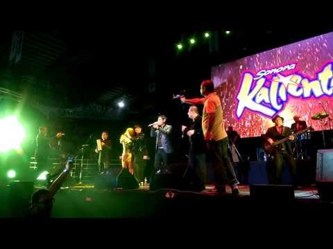 Detalles La sonora kaliente y su hijo vocalista de Zona cumbia en Las fiestas de octubre