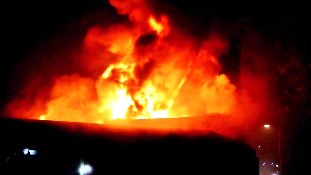 Grote brand verwoest oude dorpshuis De Koepel   Garderen 01 01 2021