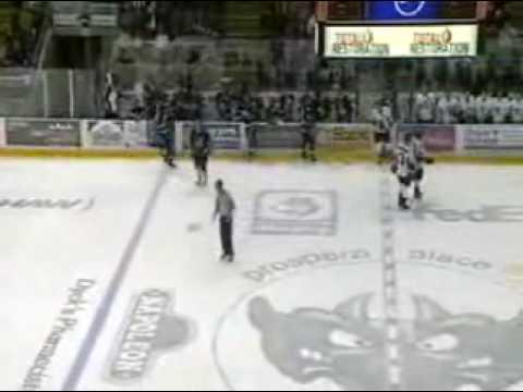 Mitchell Callahan vs. David Robinson
