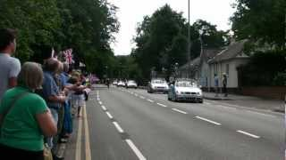 preview picture of video '2012 Olympic Cycling, Men's Road Race, passing along Portsmouth Road, Esher, Surrey, England'