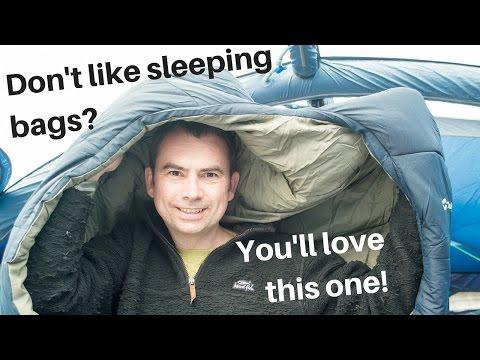 A sleeping bag / duvet hybrid