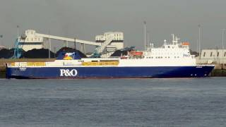 preview picture of video 'Norbank P&O Ferries New Brighton, Wallasey, Merseyside, England 27th September 2011'