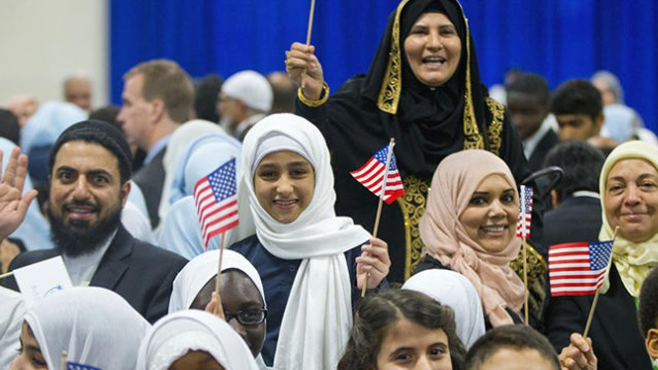 Trump's Plans For Muslims Are Terrifying thumbnail