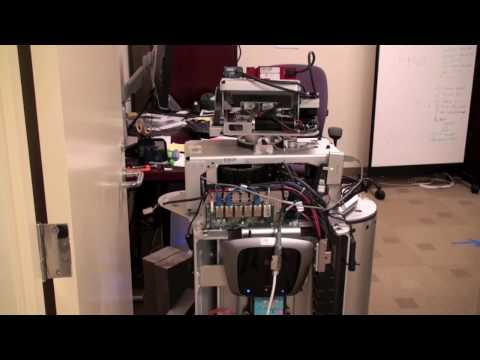Self-Charging PR2 Robot Travels Between Rooms In Search Of Power