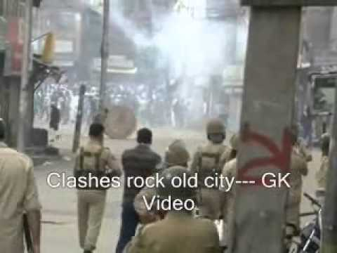 Clashes rock old city