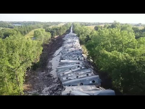 Nearly 70 train cars derail along tracks in Mercer County, Missouri