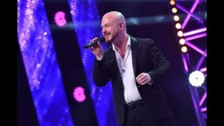 "Adele - ""Rolling in the Deep"". Vezi interpretarea lui Jeremy Ragsdale, la X Factor"