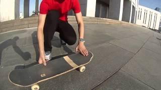 Смотреть онлайн Как сделать Поп-Шовит на скейтборде