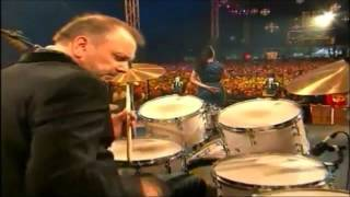 """Imelda May """"Tainted Love"""" Isle Of Wight Festival 2012)"""