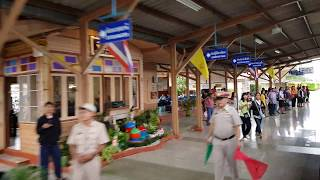 preview picture of video 'สถานีรถไฟพิชัย 2561'