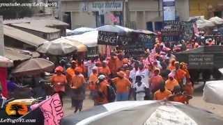 preview picture of video 'Le cortège CAP2015 / ODDH a traversé toute la ville d'Atakpamé pour exiger les réformes avant 2015'